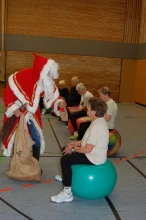 Nikolaus bei der VITAL Frauengymnastik